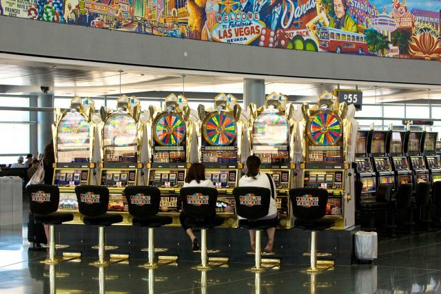 How Did A Woman Win Over $300,000 At The Las Vegas Airport?